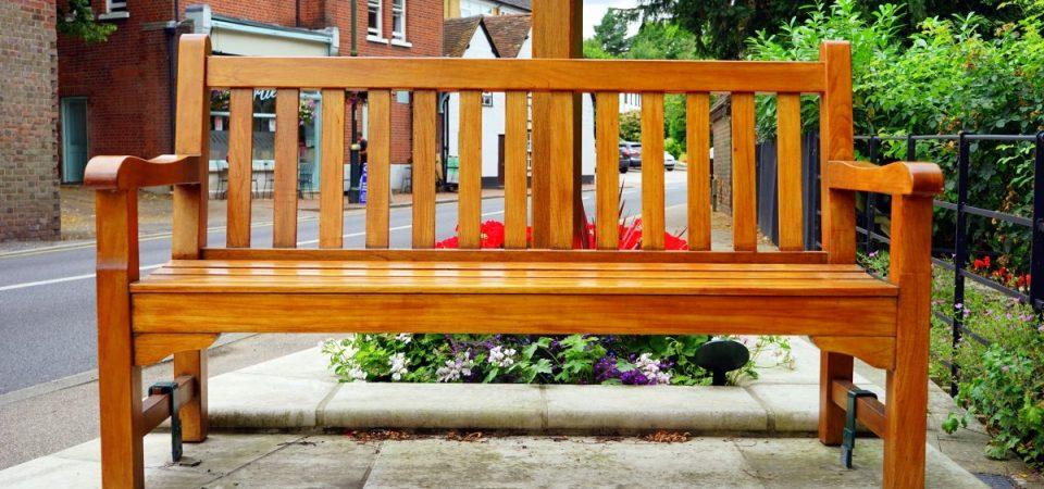 Quels sont les meilleurs mobiliers d'extérieur en bois de cèdre à mettre dans son jardin ?