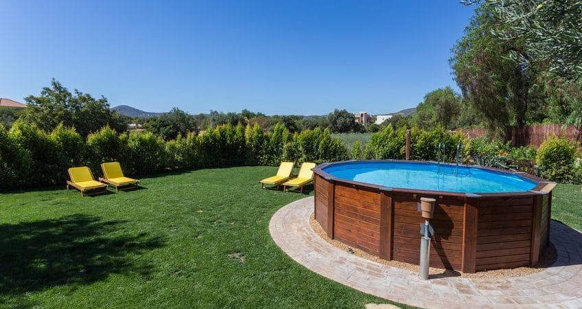 Pourquoi installer une piscine hors sol dans votre jardin?